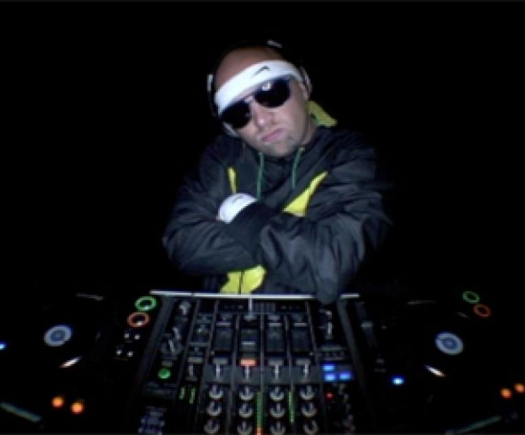 DJ Fluffer
